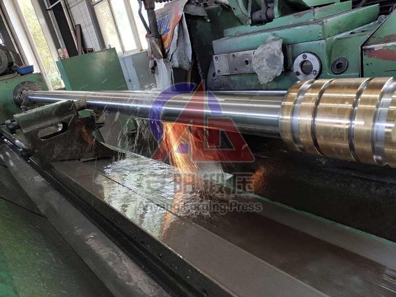piston rod of steam hammer
